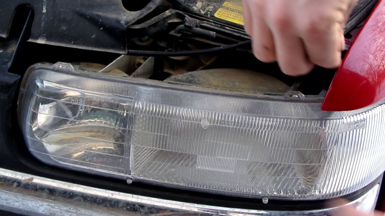 How To Replace A Headlight Bulb On A Chevy Youtube