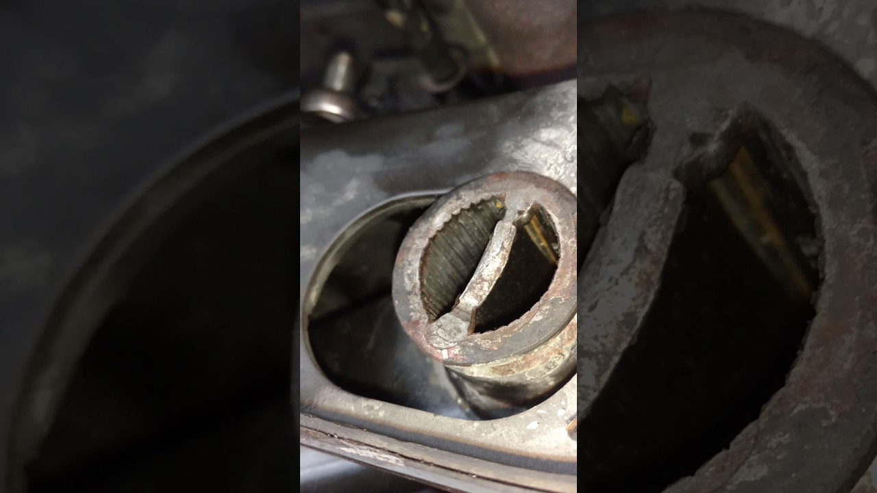 Lower Control Arm Install On 2004 Nissan Frontier 2wd Part 2 Youtube 2002 Xterra Suspension