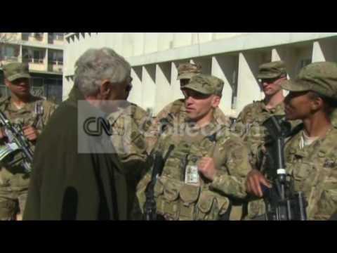 AFGHANISTAN:HAGEL MEETS W/ US TROOPS