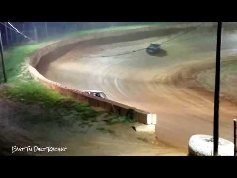 Thunder Feature @ Wartburg Speedway (7-29-17)
