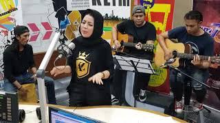 Kau Tetap Dalam Anganku - Azie   Jom Jam Akustik   27 September 2019