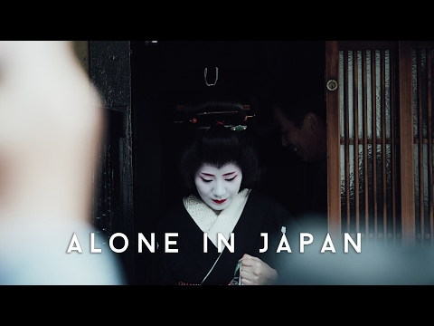 FINDING A GEISHA IN KYOTO | Alone in Japan | EP 04