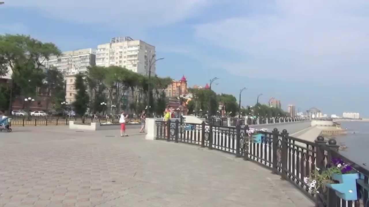 Китай. Китайский город с Российского берега.