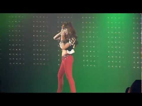 110611 Fancam Jessica & Krystal Tik Tok @ SMTOWN IN PARIS