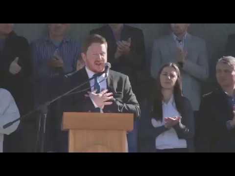 Bowen asume su segundo mandato como intendente