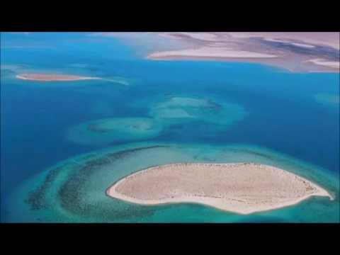 Saudi Arabia plans luxury beach resorts on Red Sea