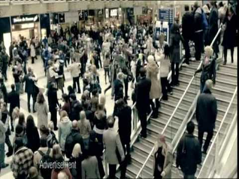 The T-Mobile Dance Advert High Quality - Liverpool Street Station ...