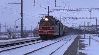 Соединённый грузовой поезд // ВЛ80Т-1242 и ВЛ80Т-1860