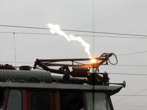 Electric arcs on high voltage overhead catenary [ compilation ]