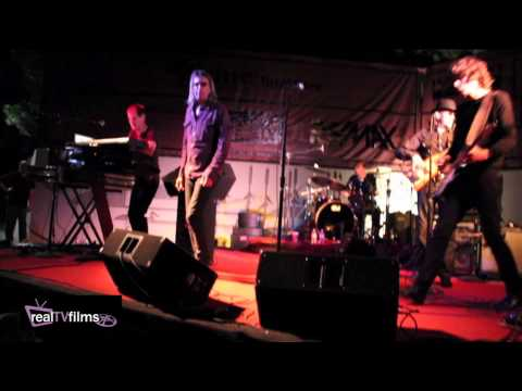 The Fixx *RED SKIES AT NIGHT* Live at Drake Park, Bend, Oregon