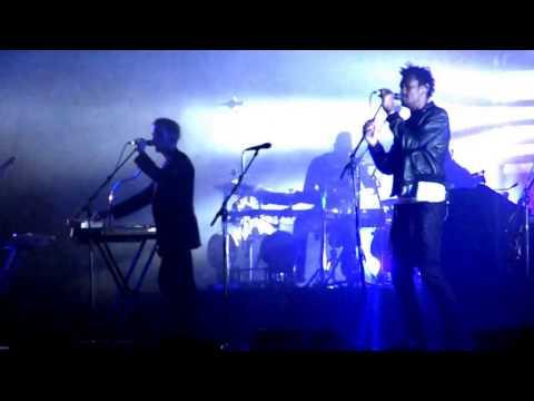 Massive Attack Live in Marseille, France 18-11-2009 [720p]