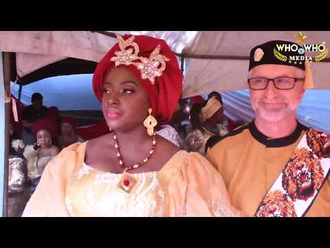 See Classic Photos/Video from the Traditional Wedding of Popular Nigerian Blogger/PR strategist, Alex Reports