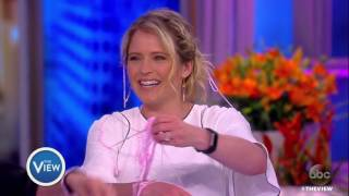 Sara Haines Announces She's Pregnant | The View