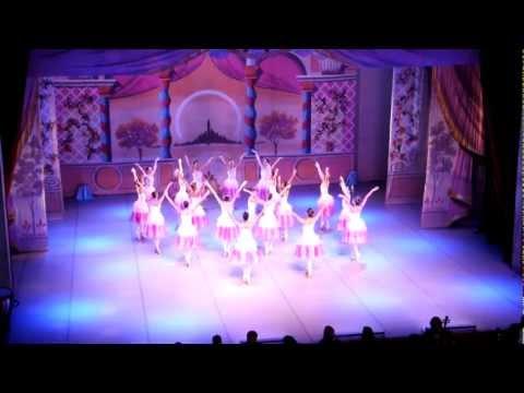 Tchaikovsky: Valsa das Flores (Quebra-Nozes)