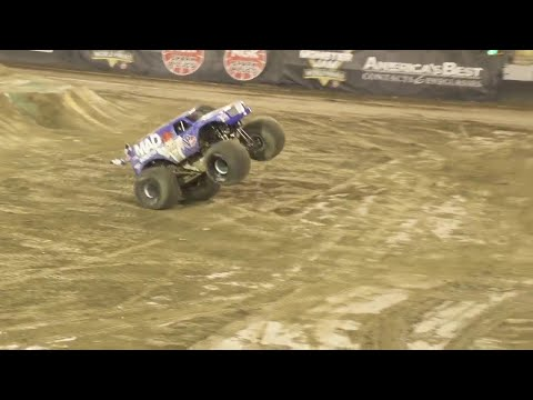 First ever Monster Jam truck front flip - Lee O'Donnell at the Monster Jam World Finals 18 XVIII