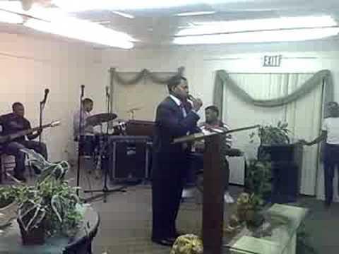 APOSTLE KEVIN DAVIDSON SINGS
