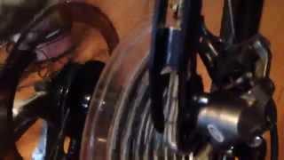 Как скрипит несмазанная/грязная велосипедная цепь(Если вы слышите подобный звук от вашего велосипеда, то пришло время мыть и смазывать цепь. Ведь цепь, как..., 2014-05-24T11:36:29.000Z)