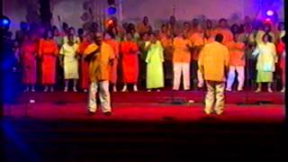 Watch Chicago Mass Choir Hes Waiting video