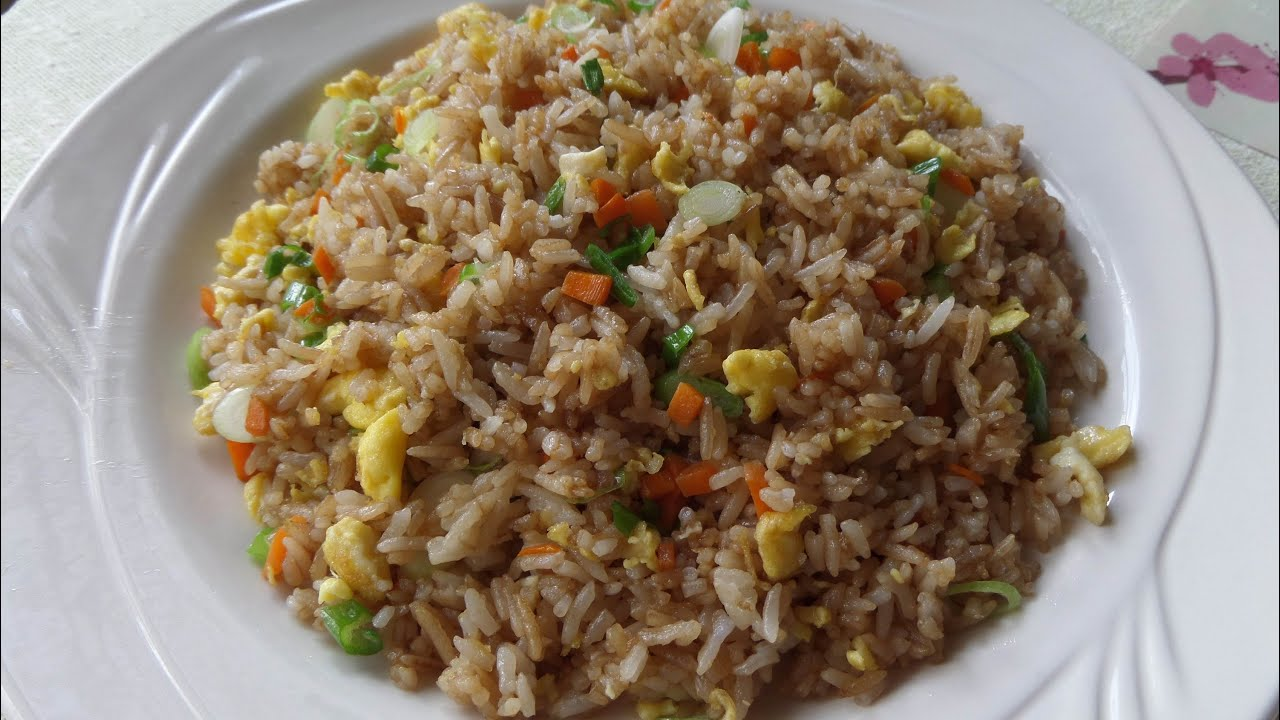 How to make fried rice with soy sauce chow rice youtube ccuart Choice Image