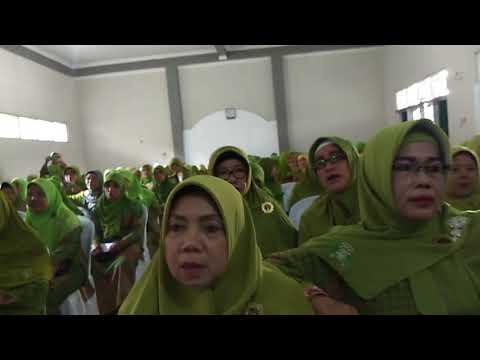 Hymne Muslimat dan yallal wathon oleh Paduan suara PAC muslimat NU kec Majenang(1)
