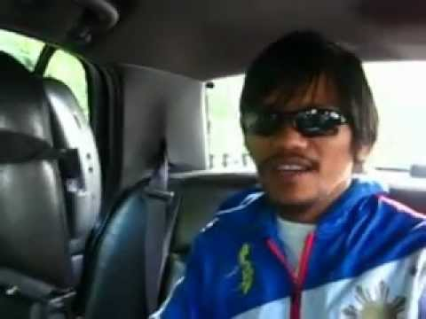 Manny Pacquiao gets a ride with Joel Laguidao and his Karaoke Cab in Washington DC.