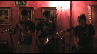Hydrogen - The Hell Song (Sum 41 Cover) Cafè Casanova 20/11/2010