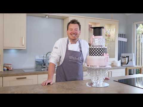 Learn how to make a Graduation Cake with Paul Bradford