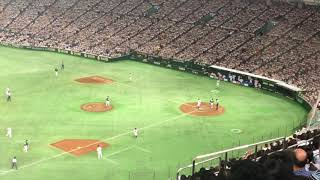 ロッテの50周年記念に行われた東京ドームでのロッテの主催試合。 5回...