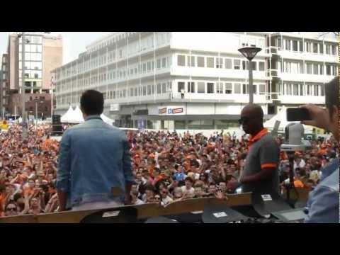 Quintino (Epic Sitdown @ Dancetour Dordrecht 2012)