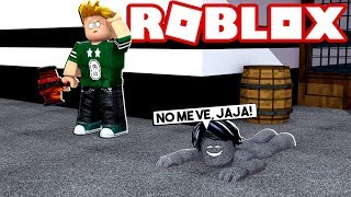 TROLEANDO CON SKIN INVISIBLE a LA BESTIA en FLEE THE FACILITY de ROBLOX 😱