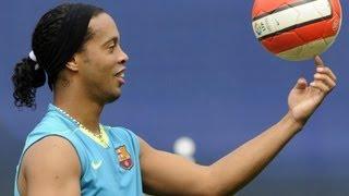 تعلم حركة رونالدينهو لمراوغة اللاعبين و رفع الكرة | amdiTV
