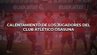 Calentamiento de Osasuna previo al partido ante el Real Oviedo