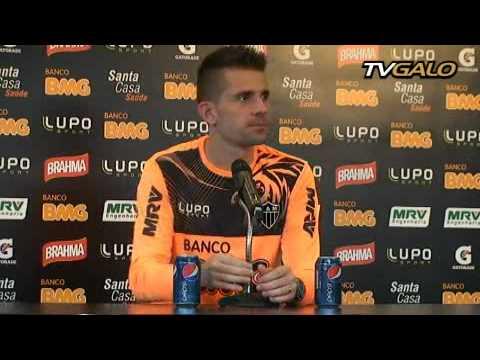 11/07/2013 Entrevista Coletiva: Victor