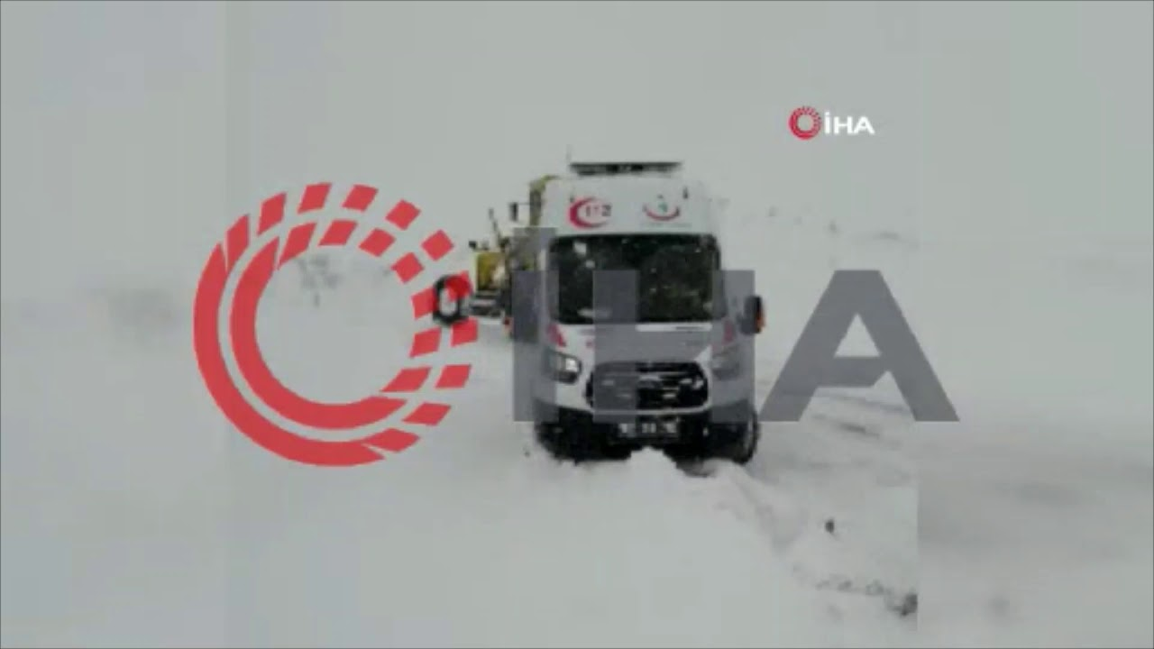 Sağlık ekiplerinin zorlu kış koşullarıyla mücadelesi