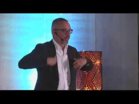 Todo es uno | Edgar Sánchez | TEDxSanMigueldeAllende