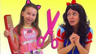 Alice ayuda a su mamá a Convertirse en PRINCESA | Historias divertidas para niños