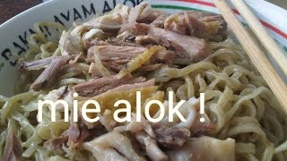 Mie Ayam ALOK : Mie ayam paling enak sedunia  ( Chicken Noodle) Indonesian Food Tour in Jakarta