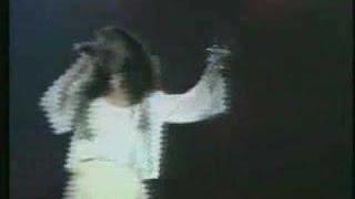 Ελευθερία Αρβανιτάκη - Δυνατά | Eleftheria Arvanitaki - Dynata - Official Video Clip