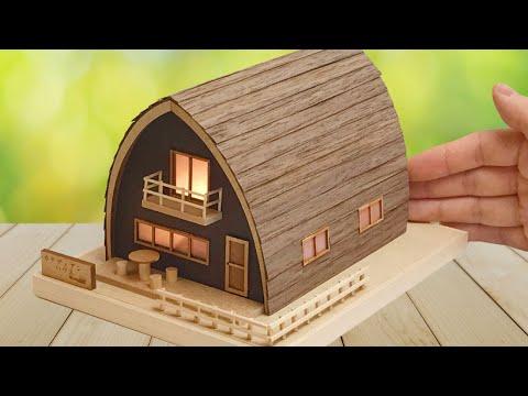 DIY Miniature Diorama Kit Woody JOE Canadian House