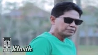 Obbie Messakh - Antara Hitam Dan Putih (Official Karaoke Video)