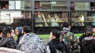 خروج الدفعة الثانية من مهجري حي الوعر بحمص إلى جرابلس بريف #حلب
