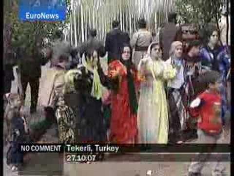 Tekerli - Turkey - EuroNews - No Comment
