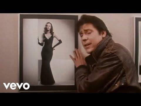 Shakin' Stevens - Oh Julie (Official Video)