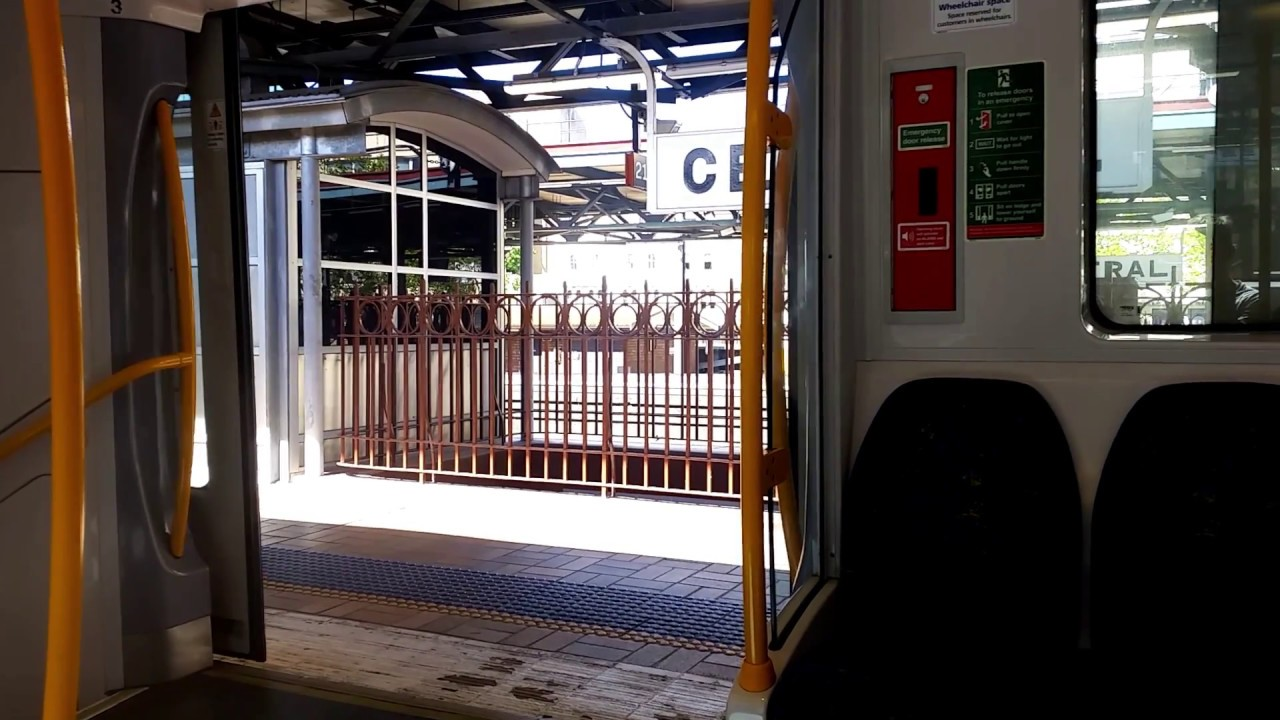 Sydney Millennium M Set train doors closing & Sydney Millennium M Set train doors closing - YouTube