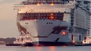 Explore the world's biggest cruise ship - Symphony of the Seas