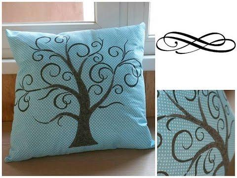 Подушка с семейным деревом