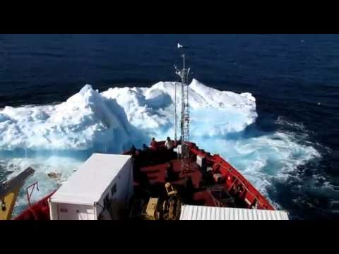 CCGS Amundsen Ice Breaker Hits Old Ice At 11 Knots.wmv
