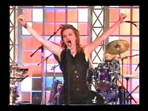 Sandra Bernhard sings