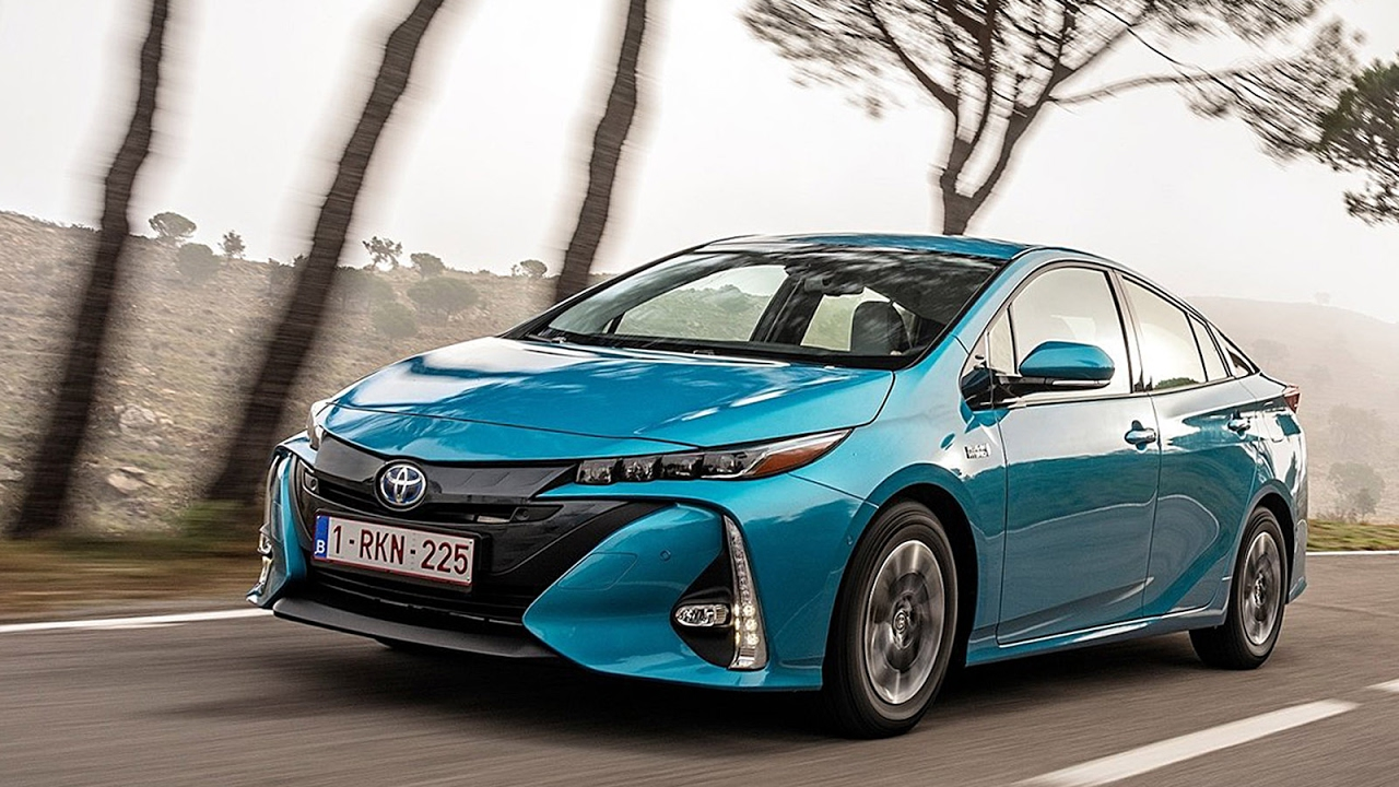 prius rechargeable 2016 prix