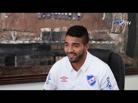 Entrevista a Rodrigo Aguirre, nuevo futbolista del Decano.